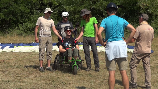 parapente biplace tandem fauteuil vol handicap formation qualification pilote